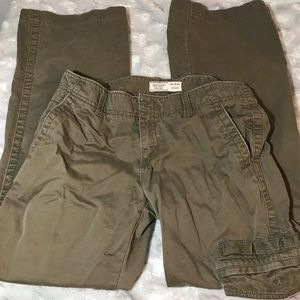 Old navy cargo pants. Military. Left leg pocket.